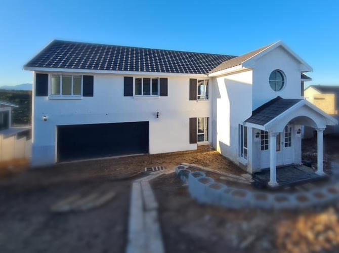 Newly built semi-neoclassical colonial house - Schoeman Trio Builders, Mossel Bay