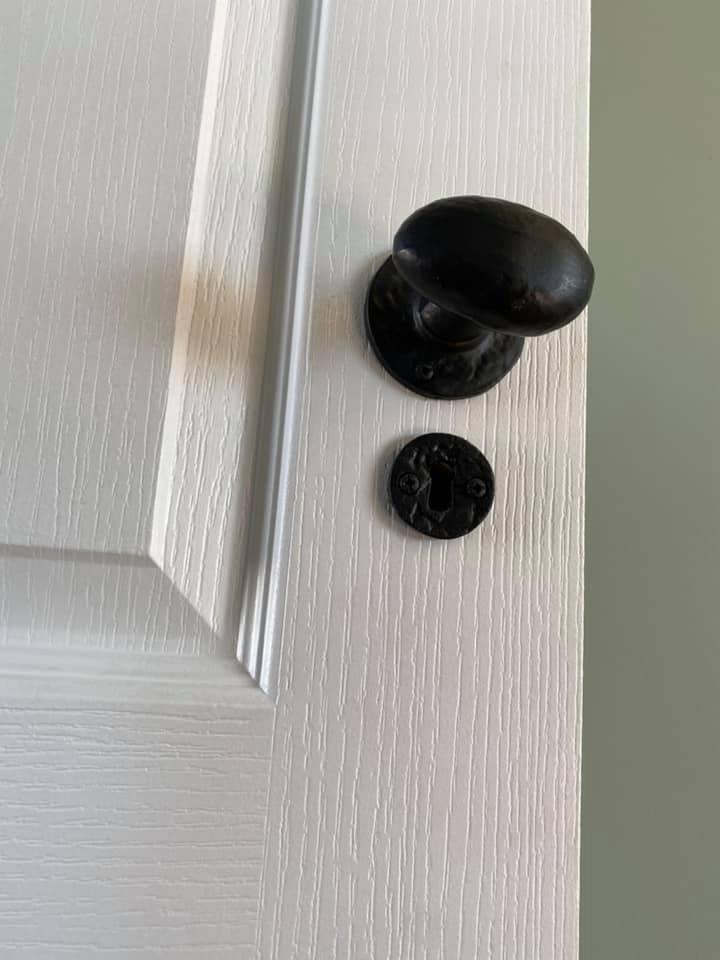 Door dressings - Newly built semi-neoclassical colonial house - Schoeman Trio Builders, Mossel Bay