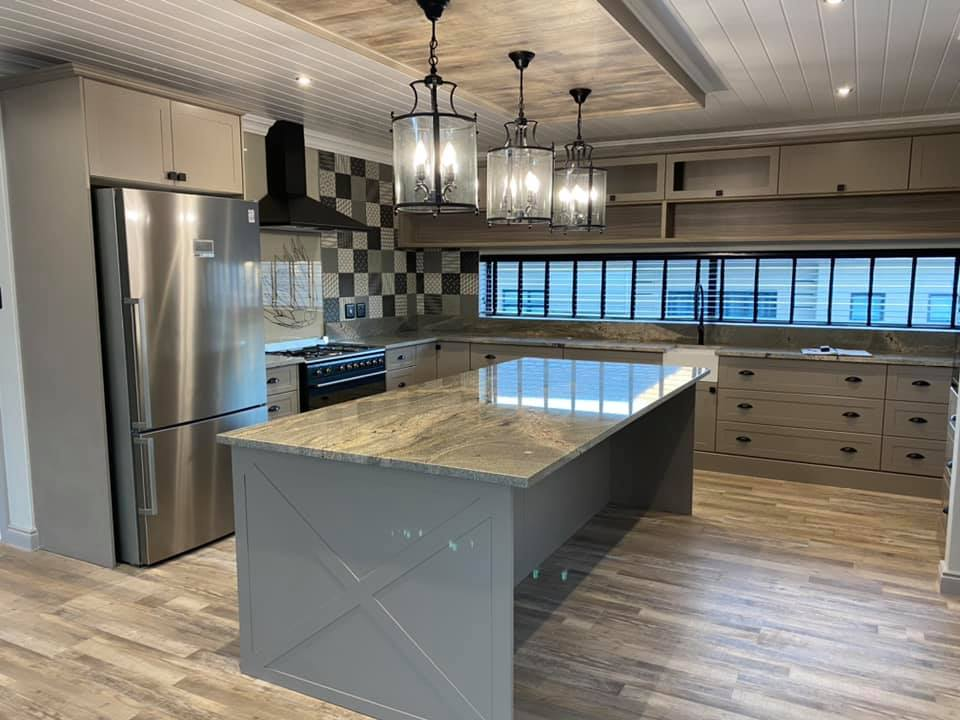 Kitchen - New contemporary face brick construction in the Mossel Bay area by Schoeman Trio Builders